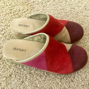 Old Navy Clogs